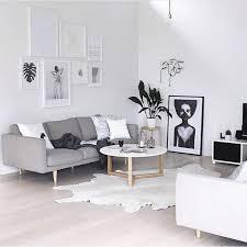salon scandinave blanc